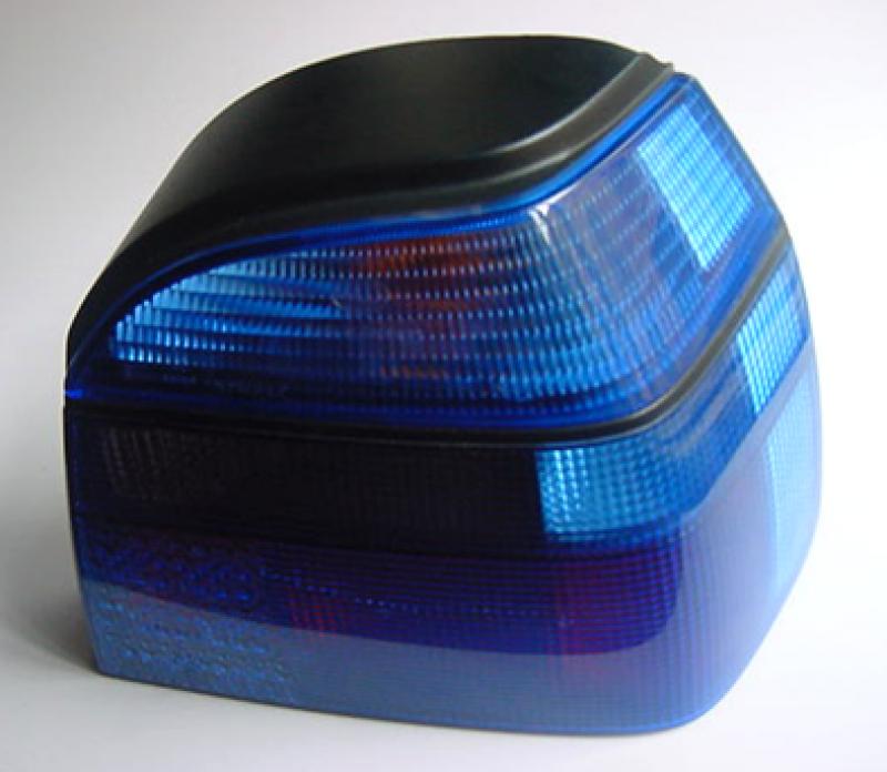 Működés közben színhelyes lámpatest, amely jóváhagyási jellel rendelkezik