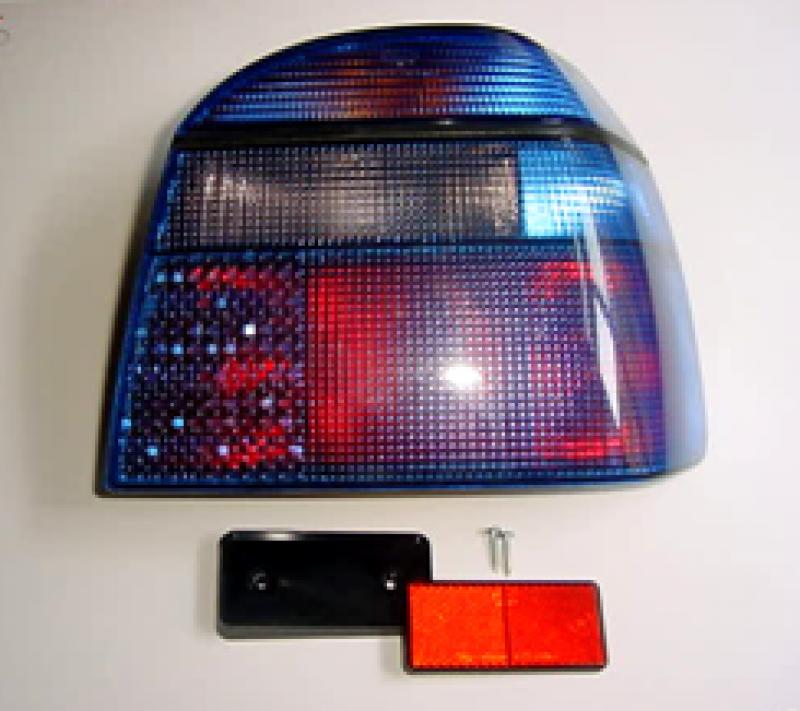 Jóváhagyási jellel rendelkező színezett lámpatest