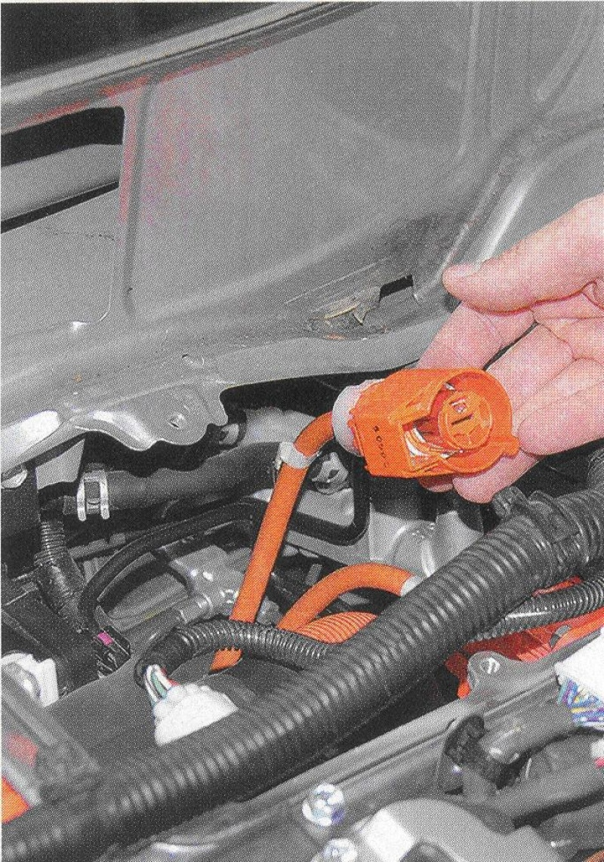 hibrid, hibrid autó, villamos hajtás, nagyfeszültségű, javítás